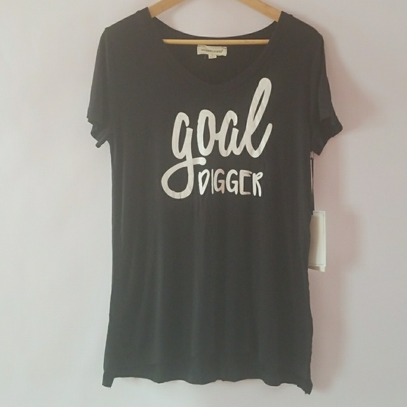 "coverstitched Tops - Coverstitched ""Goal digger"" black graphic tee"